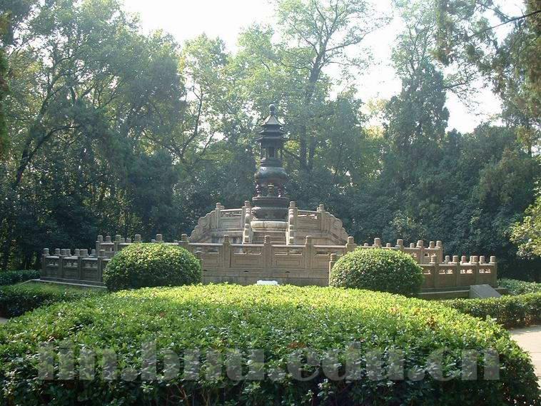 孝经鼎; 游遍钟山风景区(1)-大气磅礴中山陵; 【行摄视界】南京的中山